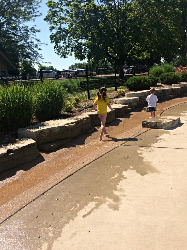 st louis splash pad jaycee park creek
